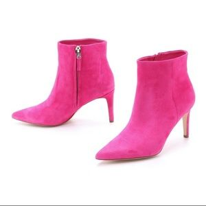 SAM EDELMAN | Karen Suede Pointed Toe Booties Pink